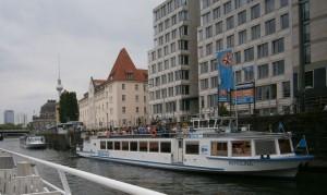 Berlin2015_P6140256_c1024